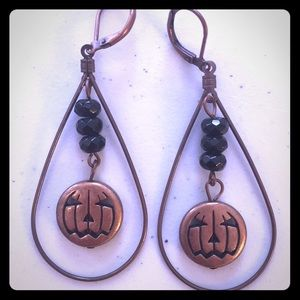 Copper toned metal Jack O'Lantern earrings